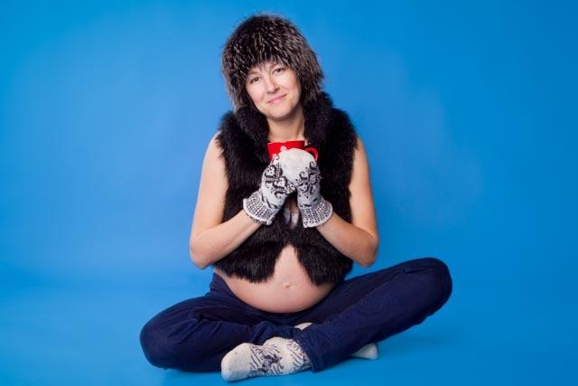 Фотосессия беременной в фотостудии в Ростове-на-Дону