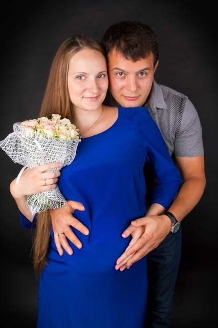 Фотосессия беременной с мужем с фотостудии